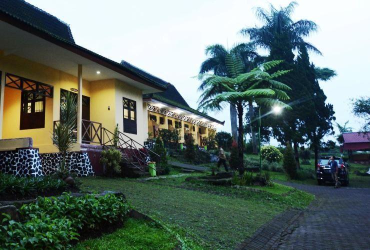 Foresta Resort Padusan Cottage Pinus