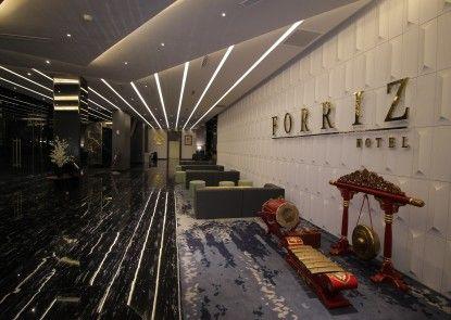 Forriz Hotel Yogyakarta Lobby