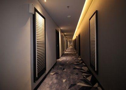 Forriz Hotel Yogyakarta Interior