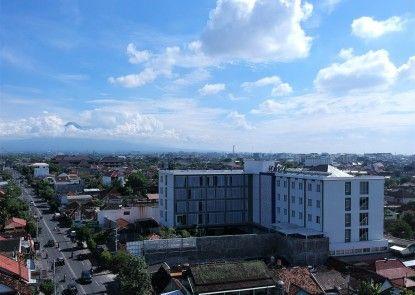 Forriz Hotel Yogyakarta Eksterior