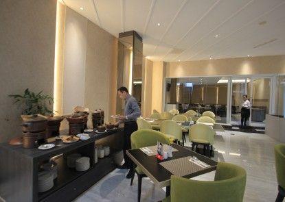 Forriz Hotel Yogyakarta Rumah Makan