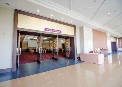 Fortune Rajpruek Hotel