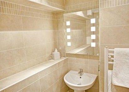 Fountain Court Apartments - Grove Executive