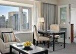 Pesan Kamar Suite Eksekutif, Pemandangan Kota di Four Seasons Hotel Chicago