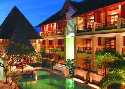 Fourteen Roses Beach Hotel Eksterior