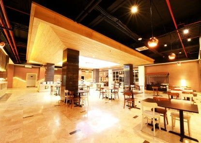 Fox Harris City Center Bandung Rumah Makan