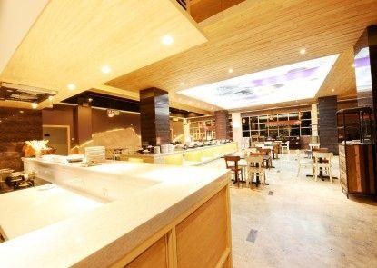 Fox Harris City Center Bandung Makanan