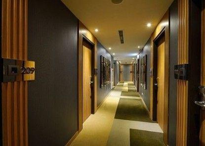 Friend Hotel - YoYo