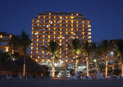 Friendly Vallarta Beach Resort & Spa All Inclusive Teras