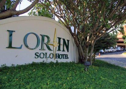 Lorin D Wangsa Solo Hotel Pintu Masuk