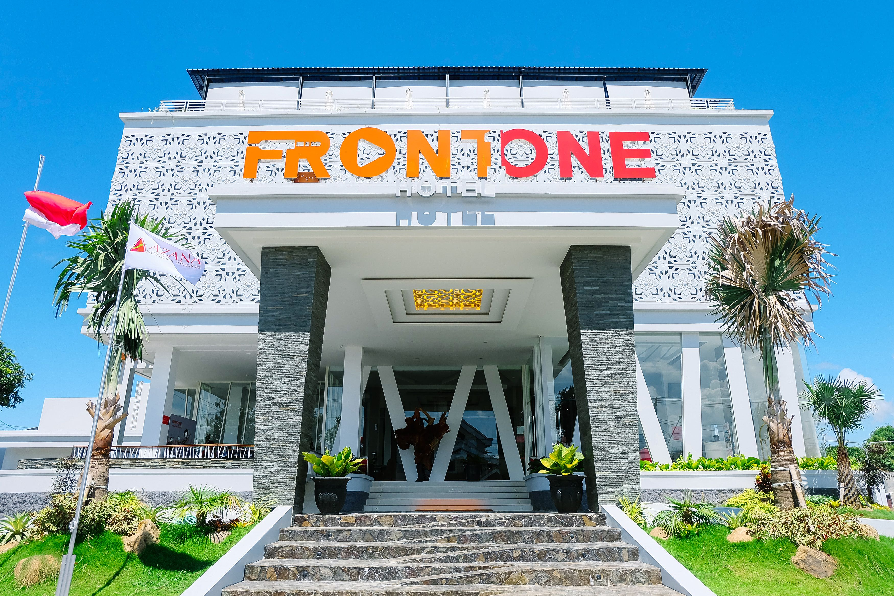 Front One Hotel Pamekasan Madura,UIM Pamekasan
