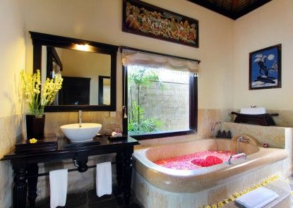 Furama Villas and Spa Ubud Kamar Mandi