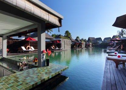 FuramaXclusive Villas and Spa Ubud Bar Tepi Kolam