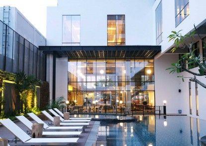 GAIA Cosmo Hotel Kolam Renang