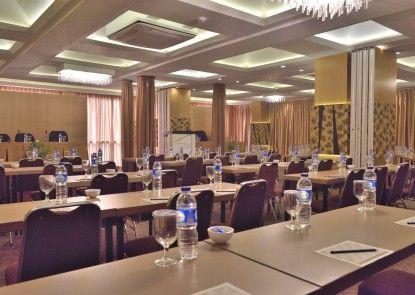 Gajahmada Avara Boutique Hotel Ruangan Meeting