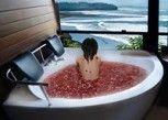 Pesan Kamar Suite Bulan Madu di Gajah Mina Beach Resort