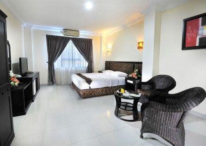 Gaja Hotel