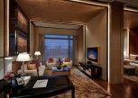 Pesan Kamar Suite Royal di Galaxy Hotel
