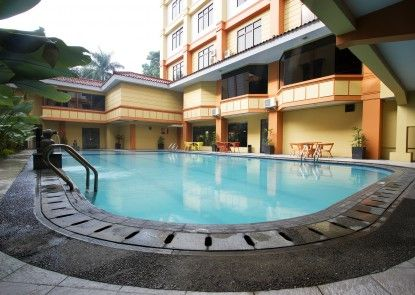 Garden Permata Hotel Kolam Renang