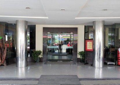 Garuda Citra Hotel Pintu Masuk