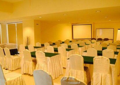 Garuda Plaza Hotel Medan Ruangan Meeting