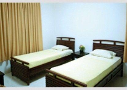 GDW Hotel & Cottage Kamar Tamu
