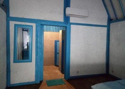 Gilifornia Hostel Teras