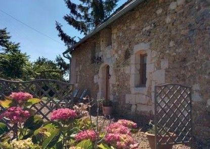 Gite La Source de Marzée Cottage