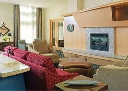 Global Luxury Suites at General