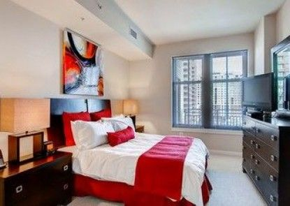 Global Luxury Suites at Town Center