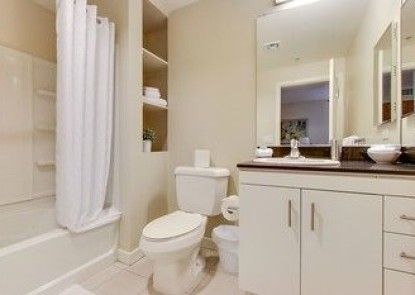 Global Luxury Suites at Wilshire