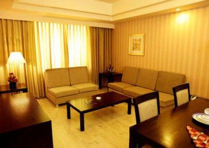 Gokulam Park Sabari OMR Hotel