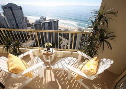 Gold Coast Amor\'e Luxury Sub Penthouse
