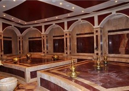 Golden 5 Topaz Suites Hotel