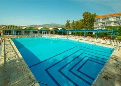 Golden Coast Hotel & Bungalows - All-Inclusive