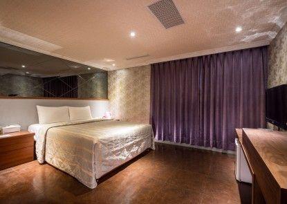 Golden Home Hotel
