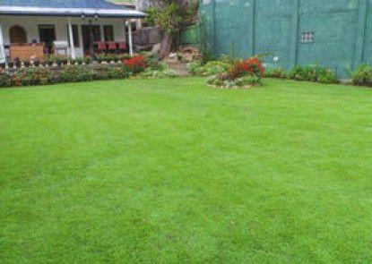 Golf Green City Bungalow