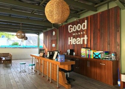 Good Heart Resort Teras