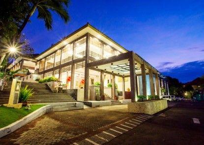 Goodway Hotel & Resort Lobby