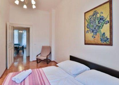 Gorgeous Central Apartment