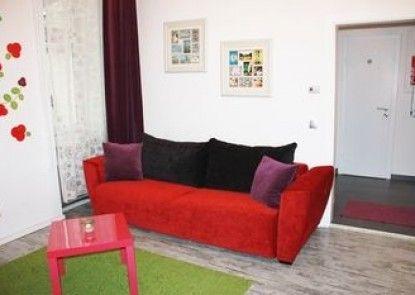GoVienna Belvedere Apartment