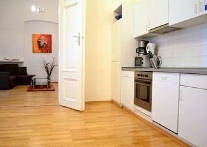 GoVienna City Center Apartment