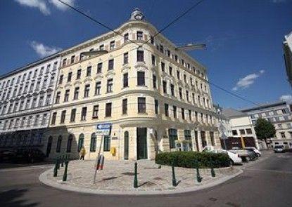 Graf Sobieski Apartments
