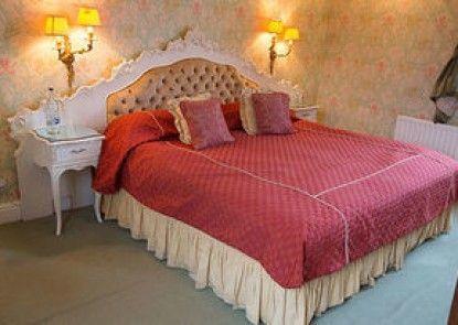 Grafton Manor