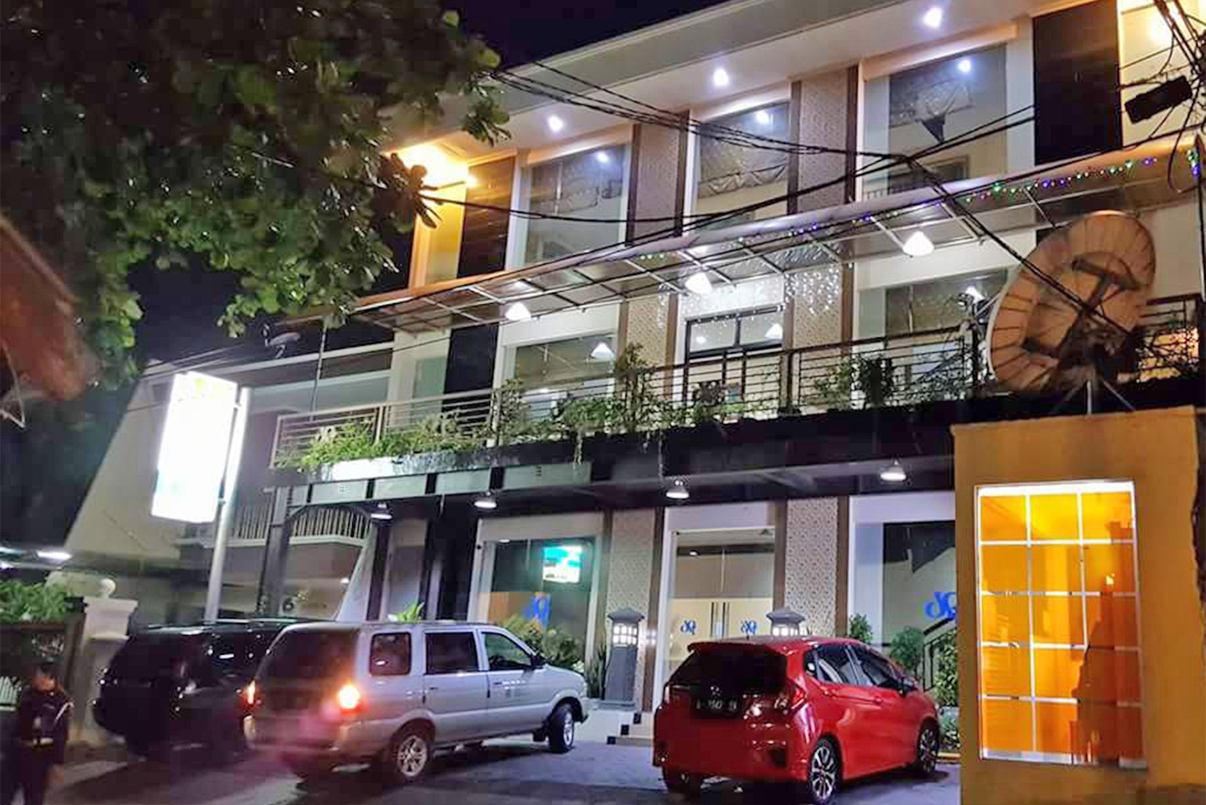 Graha DPT 33 Surabaya, Surabaya
