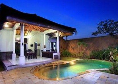 Grand Bali Villa Eksterior