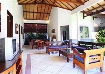 Grand Bali Villa Interior