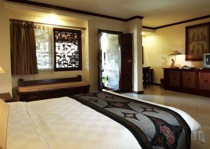 Grand Balisani Suites Hotel Kamar Tamu