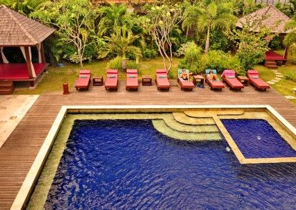 Grand Jimbaran Boutique Hotel & Spa Kolam Renang
