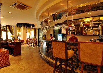 Grand Jimbaran Boutique Hotel & Spa Bar